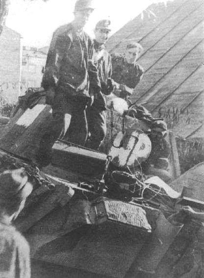 """Zdobycie drugiego czołgu Pzkpfw V Panther, nazwanego później """"WP""""."""
