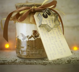 Gingerbread gift jars:
