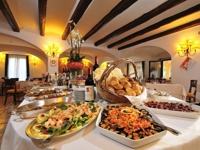 17 best images about arbatasar restaurant arbatax og for Restaurant italien 95