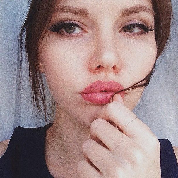 32 Real Girls Who Will Make You Want to Try #KylieJennerLips: Whether Kylie Jenner's luscious pout is the result of a plumping device or masterfully drawn lipliner, there is no denying that people are obsessed with the youngest Kardashian sister's mouth.