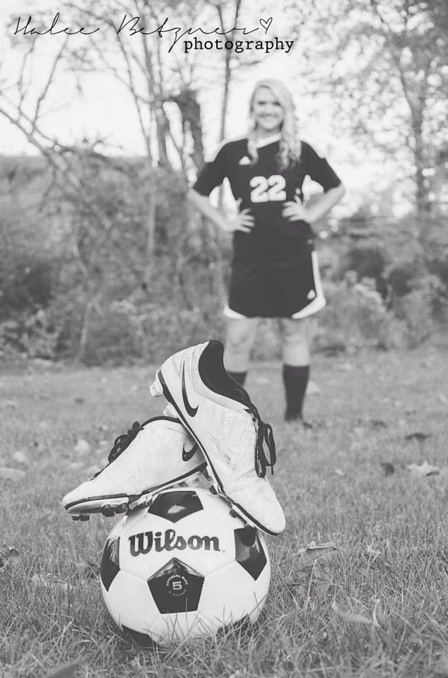 Girl senior soccer pictures