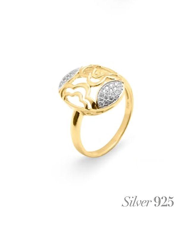 Elegante y sofisticado diseño para este #anillo de #plata, bañado en #oro, con #circonitas engastadas, con el no pasarás desapercibida