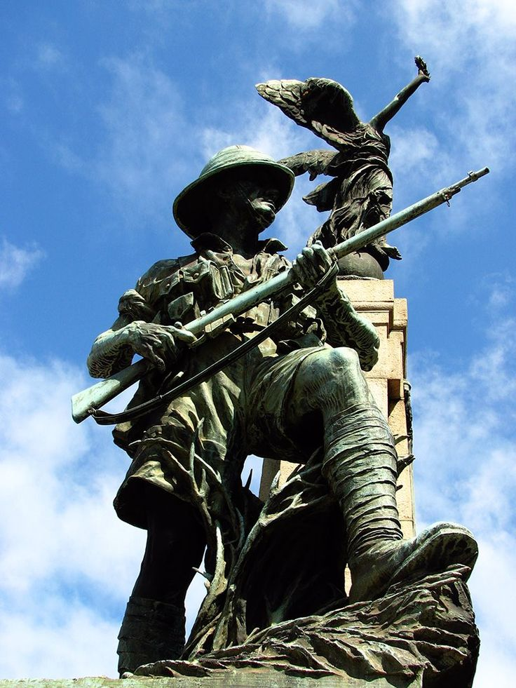 Cape Town War Memorial.To the immortal honour of the South Africans who made the supreme sacrifice in the Great War This memorial is dedicated in proud and grateful recognition by their countrymen Sea and Air Their name liveth for evermore 1914–1918 The Second world war 1939–1945 The Korean war 1950–1953