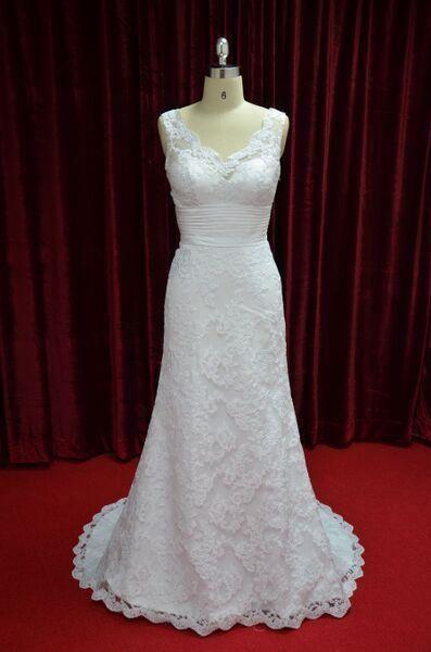 Elegant Scalloped Lace Neckline Wedding Dress Bridal A-line Gown JY13021