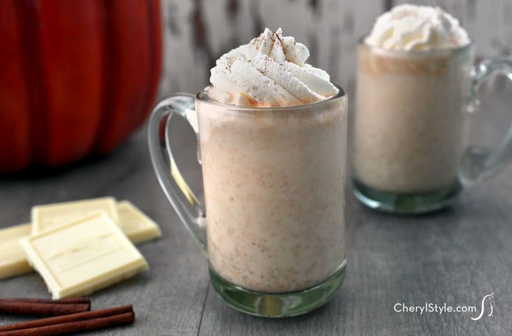 Add some coffee liqueur to this pumpkin spice white hot chocolate for ...