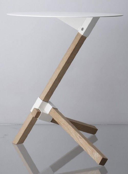 Tre is a minimal side table designed by Tokyo-based designer Keiji (4)