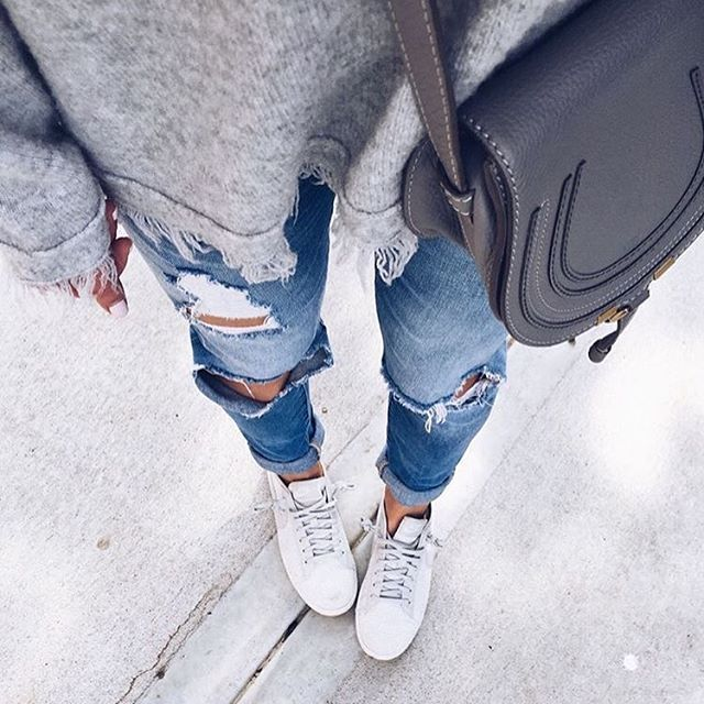 Casual Sunday vibes in ripped jeans, sneakers, and our fave @chloe bag. : @cellajaneblog