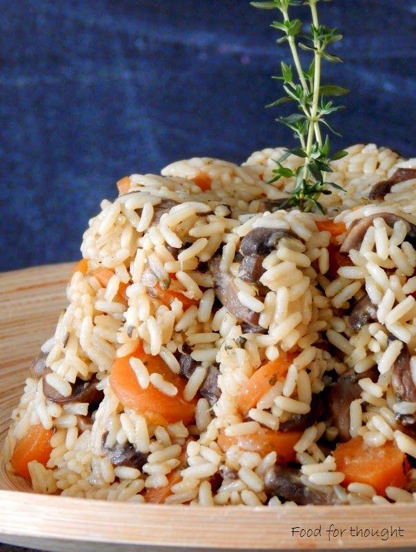 Food for thought: Πιλάφι φούρνου με λαχανικά κι ένα Σαββατοκύριακο στη φύση