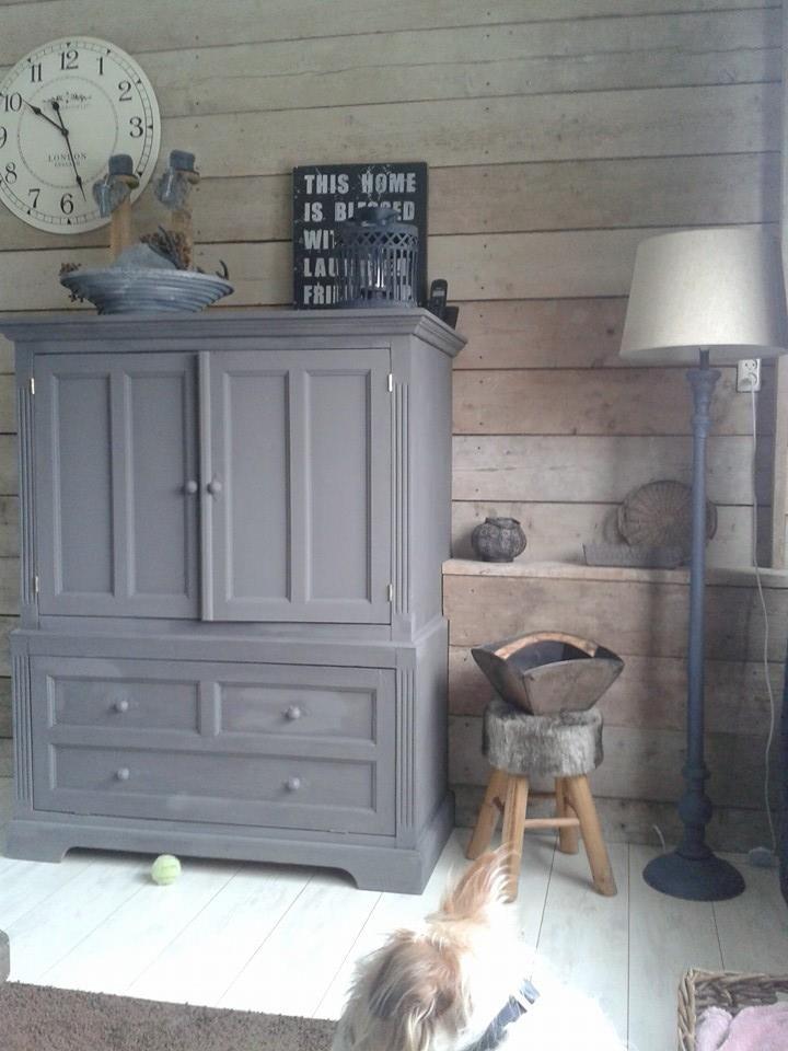 Primitive Cabinets, Painted Furniture, Mud Rooms, Armoires, Fleas, Castle,  Chalk Paint, Indoor, Shelves