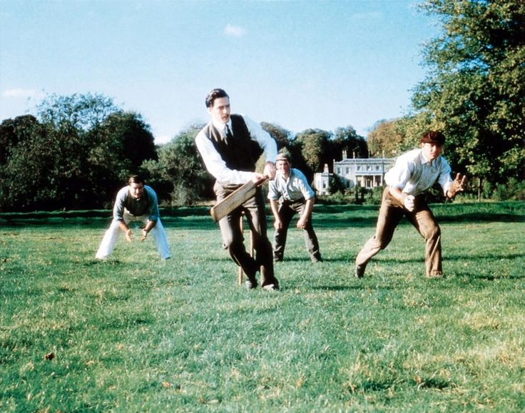MAURICE, Hugh grant 9with cricket bat), 1987 | Essential Film Stars, Hugh Grant http://gay-themed-films.com/film-stars-hugh-grant/