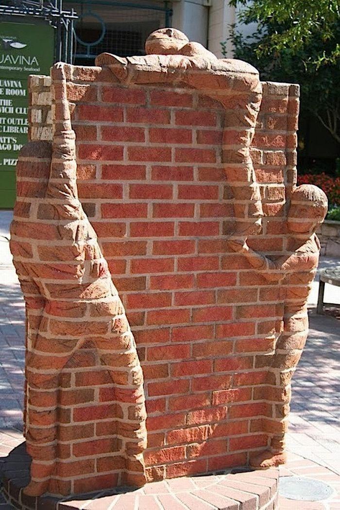 Backstein-Skulpturen von Brad Spencer   DerTypvonNebenan.de