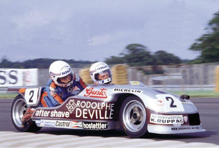Rolf Biland and Ken Williams on a 500cc Beo Yamaha