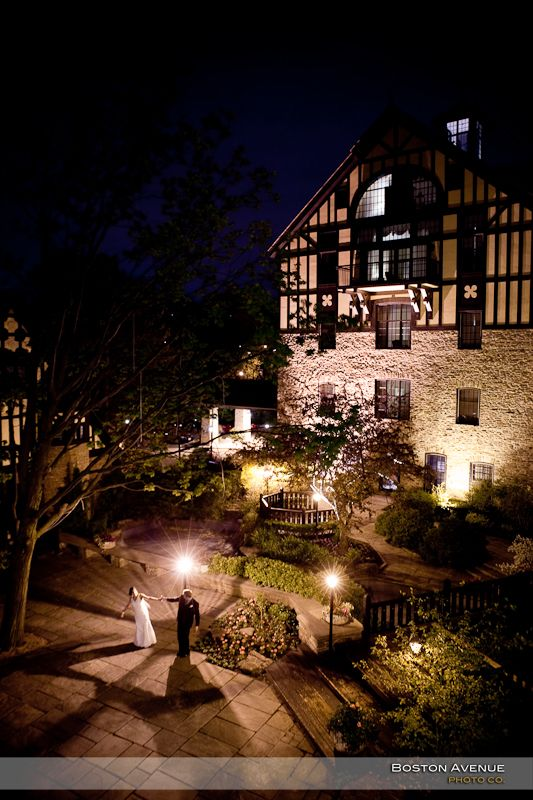 ... gorgeous patio at the Old Mill Inn, stunning!