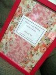 大好きなお花いっぱいのウェルカムボード 100均で買ったフレームに手芸店で見つけた布を貼りました