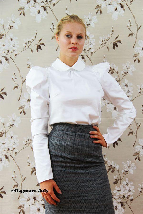 Eines dieser Elemente muss! Puff Ärmel weiße Bluse! Diese einfachen Schnitt Kurzarm Frauen Bluse. -Stoff-Baumwolle satiniert -Stehkragen -Falte an der Vorderseite -Taste auf der Rückseite -Lange Puffärmel -Länge - 60 cm/23 Zoll (wenn Sie es länger brauchen lass es mich wissen) - Wählen