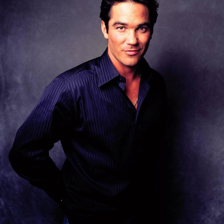 "Dean Cain as Clark Kent in ABC's ""Lois & Clark, The New Adventures of Superman"" 1993-97"