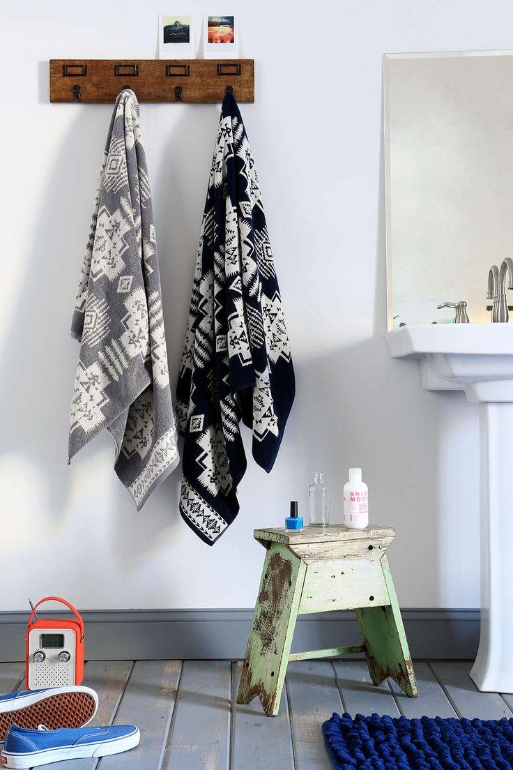 Pendleton Jacquard Bath Towel Urban Outfitters Master