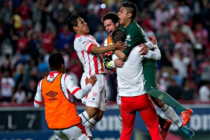 Rayos de Necaxa vs Tiburones de Veracruz en vivo online 06-01-2018 - Ver partido Rayos de Necaxa vs Tiburones de Veracruz en vivo 06 de enero del 2018 por Liga MX. Aquí tienen resultados horarios del partido canales de tranmisión en vivo y goles.