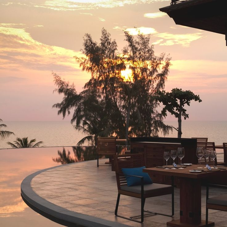 So romantic the view from this hotel room! #CeramicaSantAgostino tiles, Pullman Phuket Arcadia Naithon Beach #holidays #pool #nature #designtiles #roomwithaview