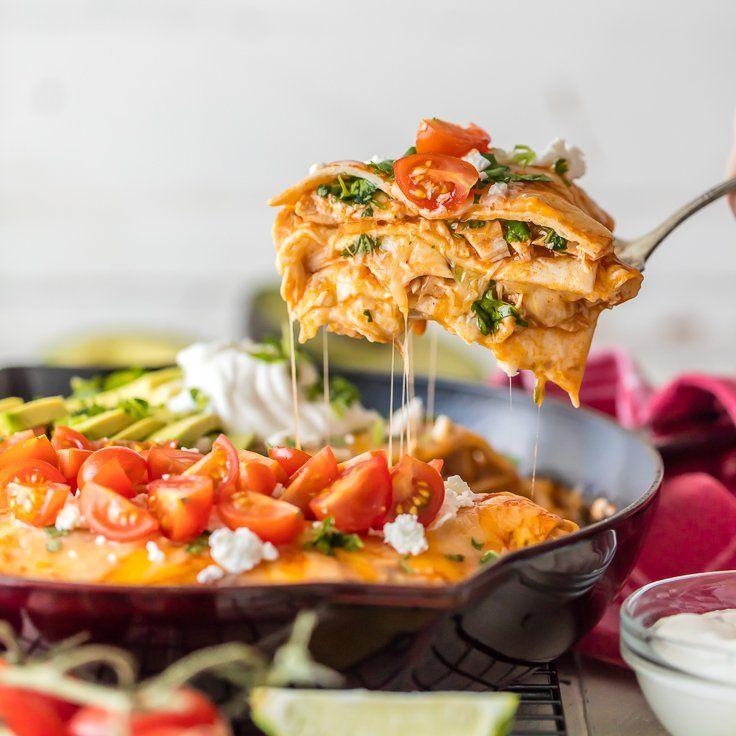 Chicken Enchilada Skillet Pie via @beckygallhardin