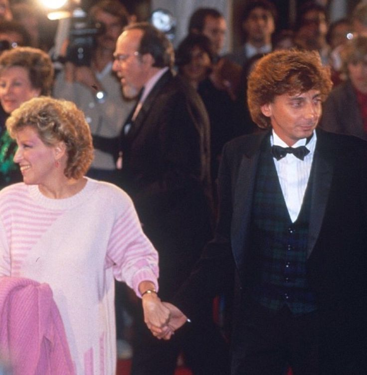 Old Friends Barry Was Bette Midler S Date At The 1983 Premiere Of Film Yentl That Starred Barbra Streisand Saw Performing In Nyc And