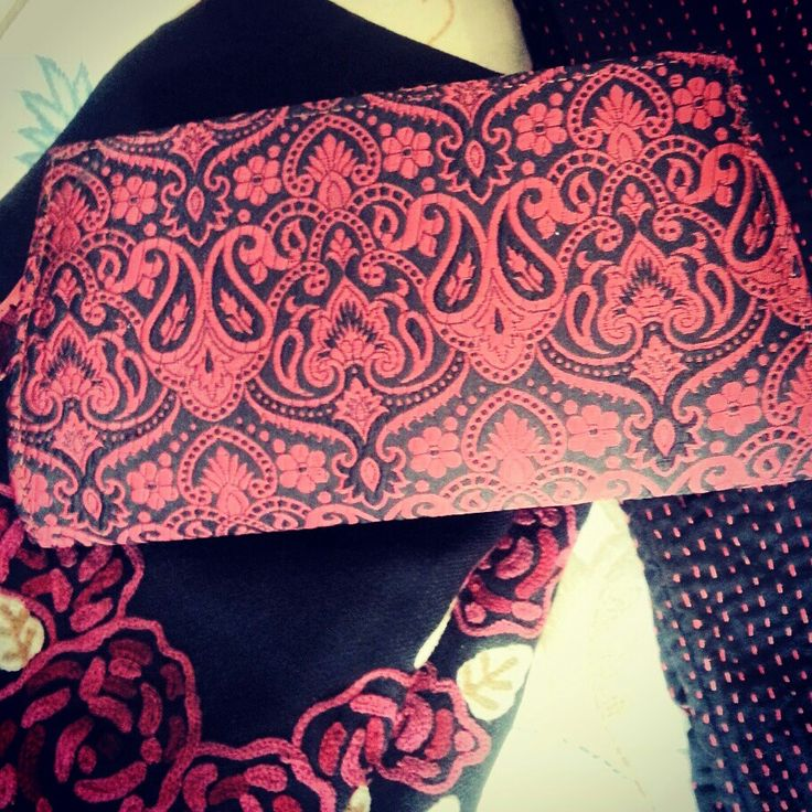 Brocade clutch. Margo collection
