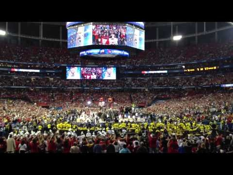 We are Champions Louisville Cardinals and Michigan Wolverines basketball championship live in the Atlanta Georgia Dome