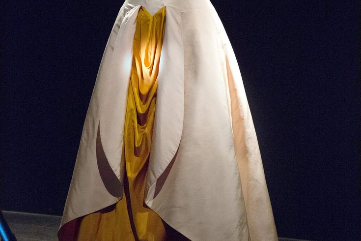 'Charles James: Beyond Fashion,' a Retrospective at the Met - NYTimes.com