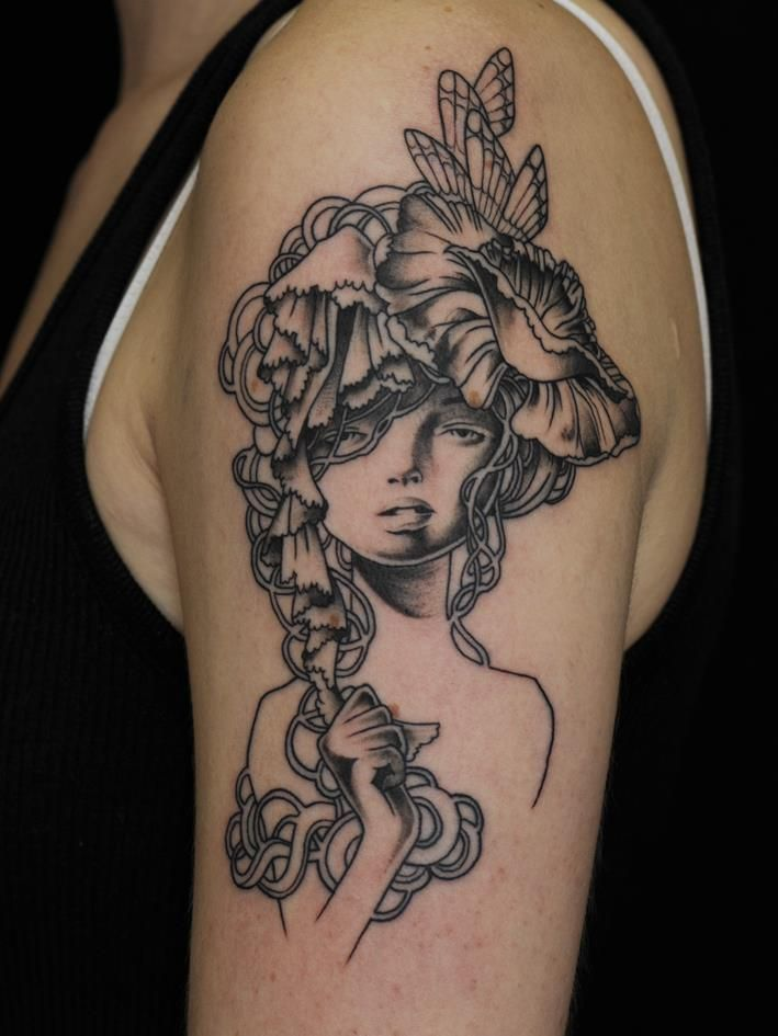 1000 images about gypsy girl tattoo on pinterest gypsy girl tattoos camera tattoos and. Black Bedroom Furniture Sets. Home Design Ideas