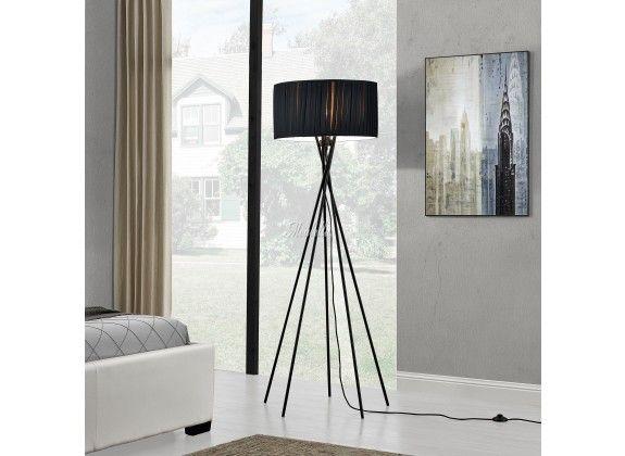 Staande lamp Cross. Staande lamp Cross is een lamp voor binnen in huis of op kantoor met een moderne en stijlvolle uitstraling. De Cross staat op 5 poten die elkaar kruisen en heeft een lampenkap van zwart doek. Wordt geleverd exclusief lichtbron.