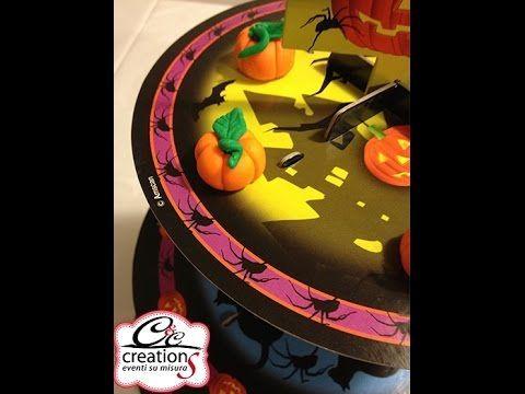 Realizzare zucche per decorare dolcetti Halloween da C&C Creations in pasta di zucchero, l'attività è semplice da fare anche con i bambini e con altre paste modellabili non alimentari, solo per decorare e creare simpatici gadget.