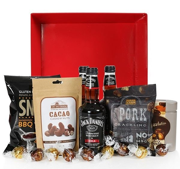 Spoil dad this Father's Day. Jack Daniel's Gift Hamper, NZ$99 from Edible Blooms NZ #FathersDay #hampers #JackDaniels