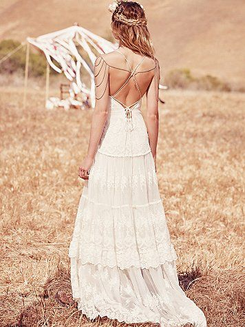 lace wedding dress with body chain