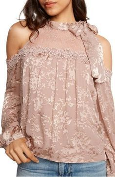 Main Image - Willow & Clay Cold Shoulder Top
