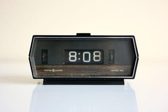 7 best flip clock images on pinterest alarm clock alarm clocks and antique watches. Black Bedroom Furniture Sets. Home Design Ideas