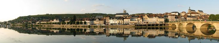 Joigny, France  #frenchcanals