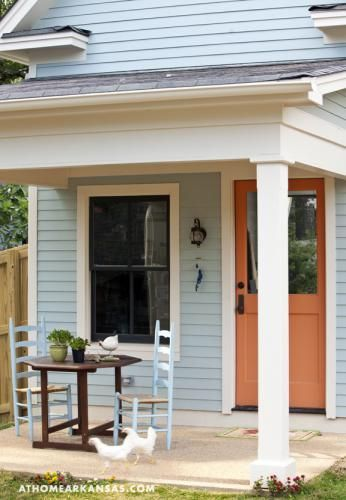 Woman Downsizes to 557 Sq. Ft. Tiny Cottage