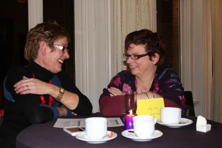 Olga Heinen van Organisato en Sandra Veerbeek van FM Wereldgeuren