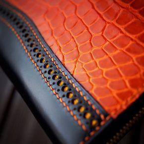 #leathergoods #leathercrafts #leatherwork #luxury #handmade #handstitched…
