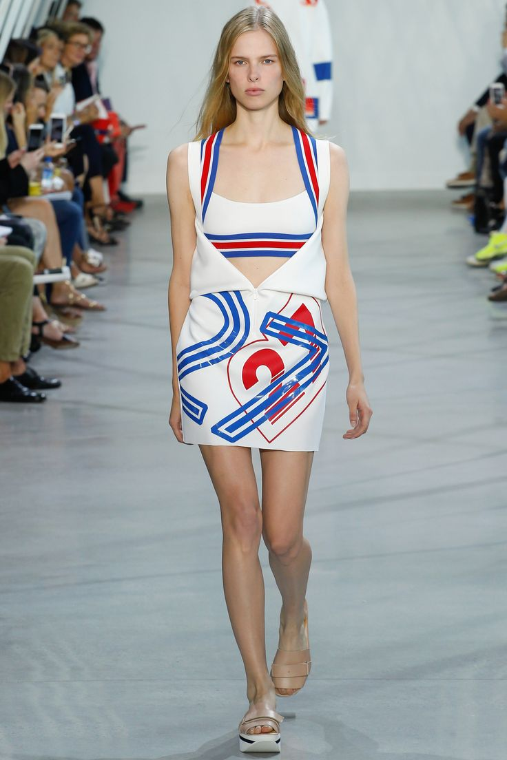 Lacoste Spring 2016 Ready-to-Wear Fashion Show - Vanessa Moody
