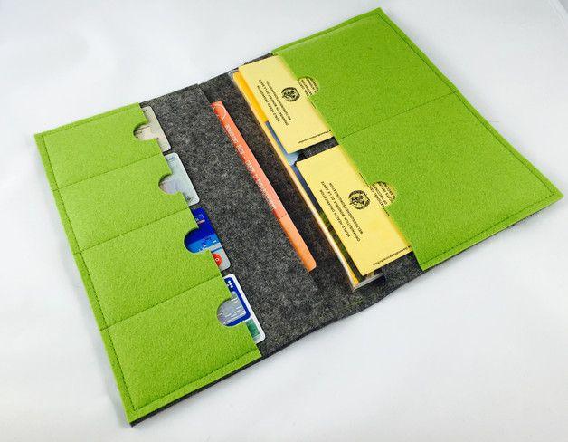 Taschenorganizer - Reiseorganizer, Reiseetui Größe L aus Wollfilz - ein Designerstück von stil-art bei DaWanda
