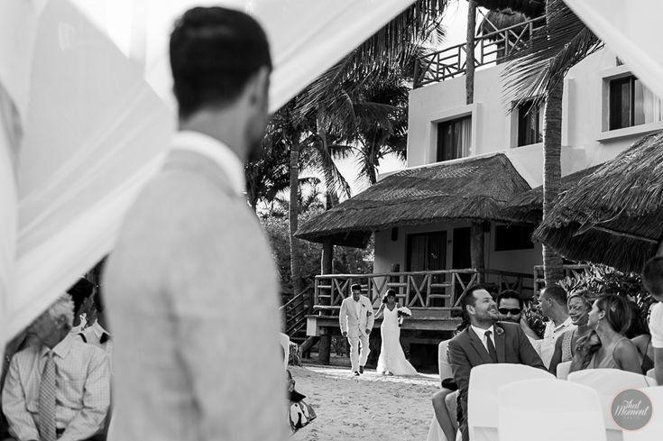 Bride and Groom Liz Moore #lizmooreweddings #lizmooredestinationweddings #weddingphotography #weddingpictures #beachwedding #mahekalbeachresort
