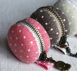 Macaroon Coin Purse Pattern | AllFreeSewing.com