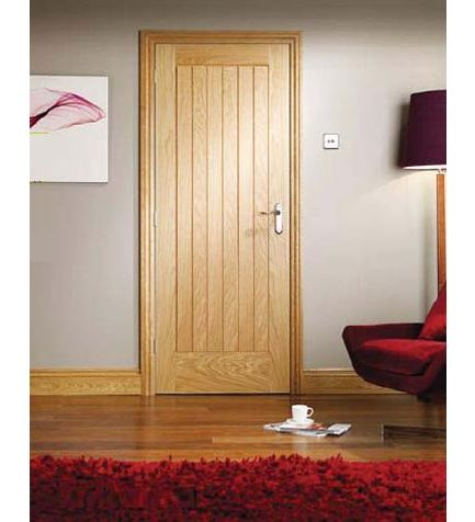 Oak Suffolk Internal Door - oak skirting boards and door frame