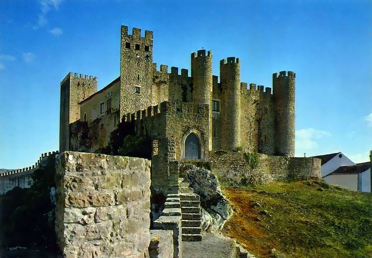 pousada portugal   Óbidos - Castelo e Pousada we stayed here and your family will be happy