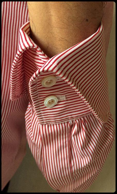 Mary Frittolini shirt detail