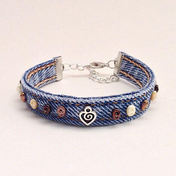 Bruine kraaltjes Wrap armband met Denim Manchet door EverydayWomen
