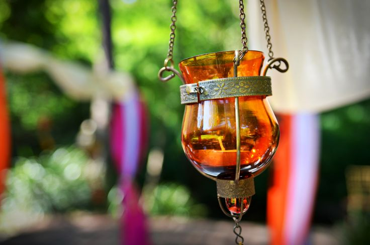Small hanging tealight cup with tassle