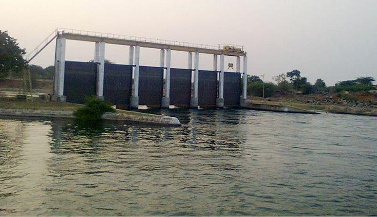 The Devaragaddi project is a 20 MW undertaking on River Krishna , at Narayanapura Village, Surpura Taluk, Yadgir District, Karnataka.