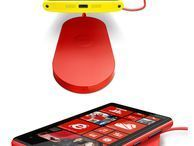 New Nokia Lumia 920, 820 to feature wireless charging Leaked image purportedly shows the Finnish handset maker's next Windows Phone 8-based devices on a charging pad.